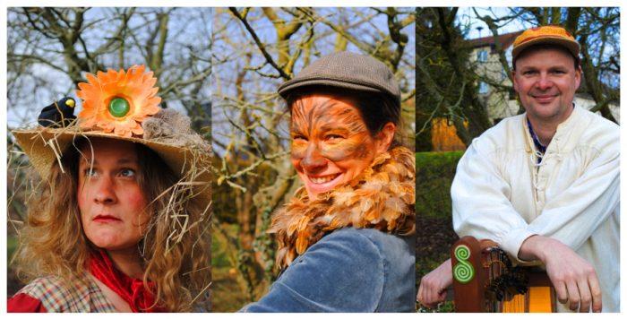 Das Bild zeigt die drei kostümierten Darsteller des Familientheaterstücks Birte Wentzek, Kerstin Wentzek und Soren Wendt