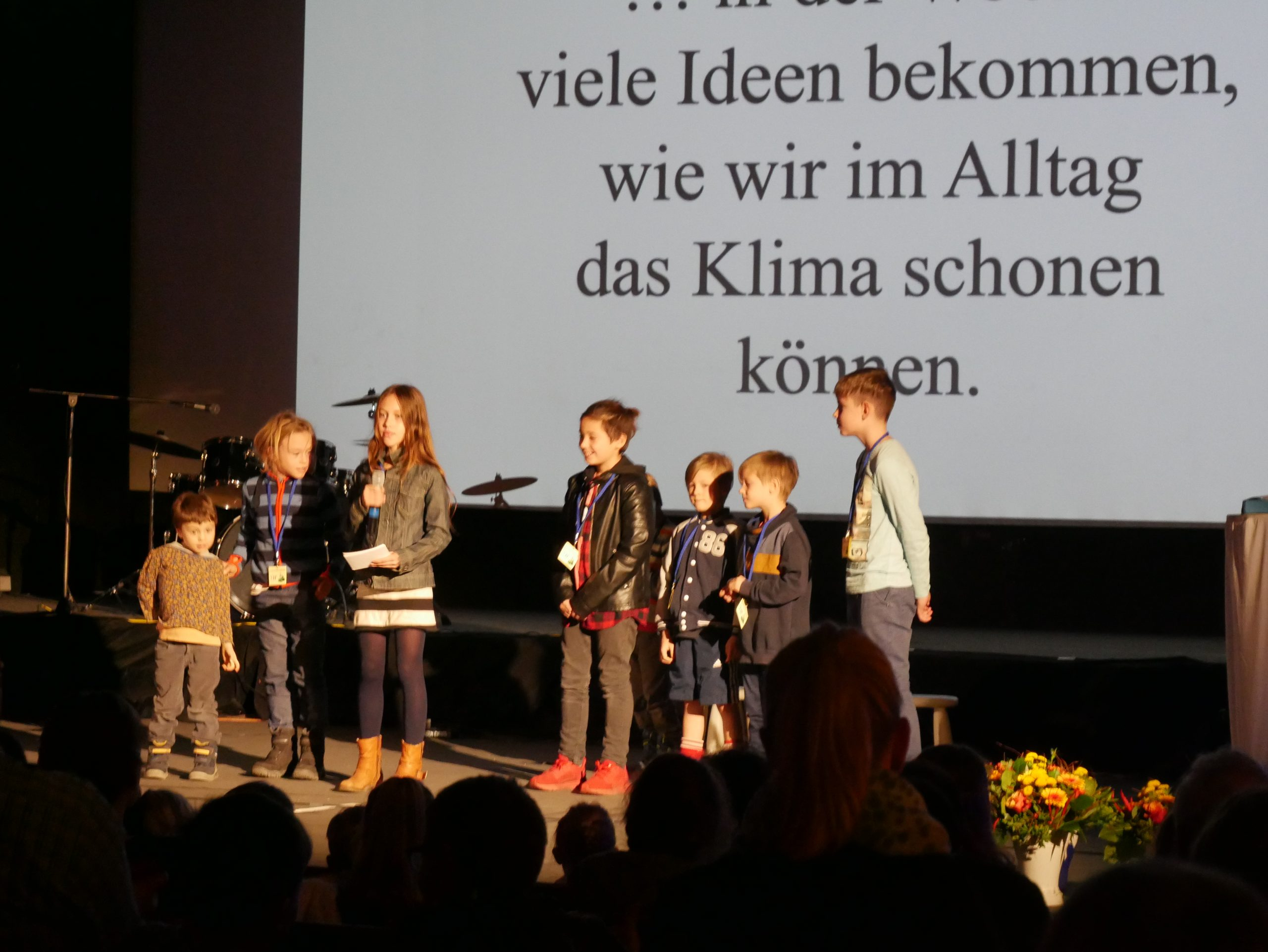 Die Klimateure präsentieren ihr Projekt beim Jugendumweltpreis PM 2019